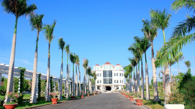 Trung tâm Hội nghị – Sự kiện – Tiệc cưới và Giải trí Huỳnh Kha Dejavu