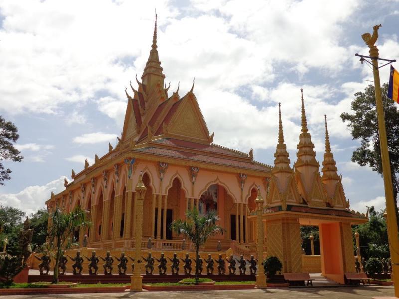 Chùa Bhàgaràjaduonkev (chùa Phnô Đung)